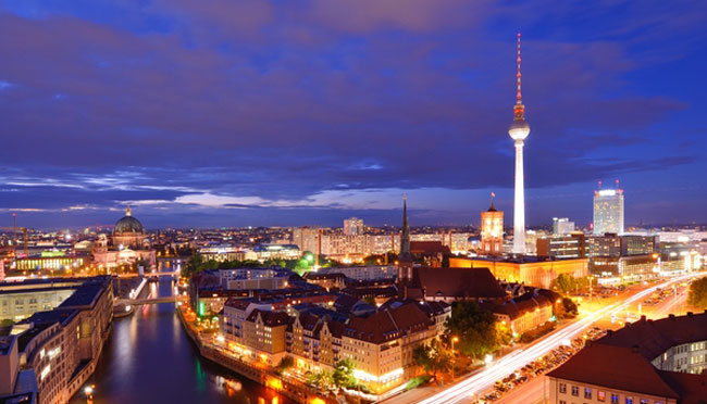 "© Sepavo | Dreamstime.com - <a href=""https://www.dreamstime.com/stock-image-berlin-cityscape-image33766641#res17527597"">Berlin Cityscape Photo</a>"